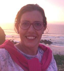 Enf.ª Carla Cristina Gomes Rocha